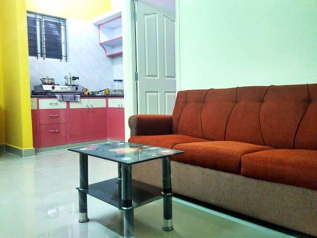 Walking distance from HSR BDA complex - Bangalore - Huis