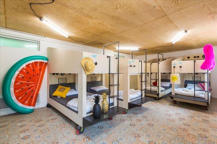 JO&JOE - Private Bedroom for 10 people
