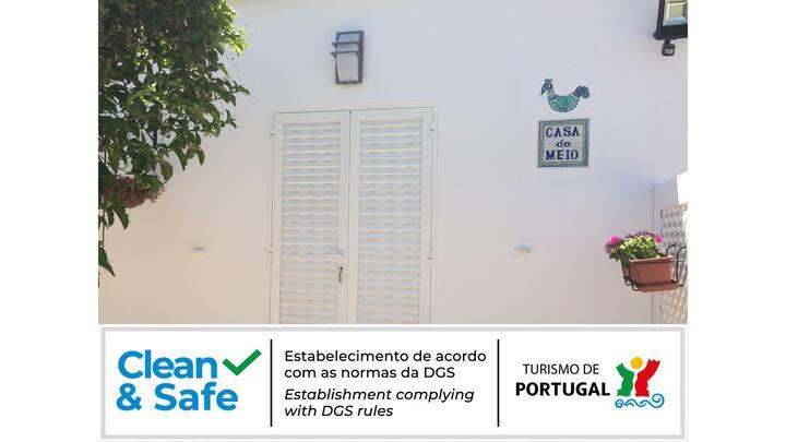Casa do Meio - farm house with mezzanine-Tavira