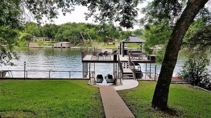 Newly Updated! Open Water, 2-level Dock/Rope Swing