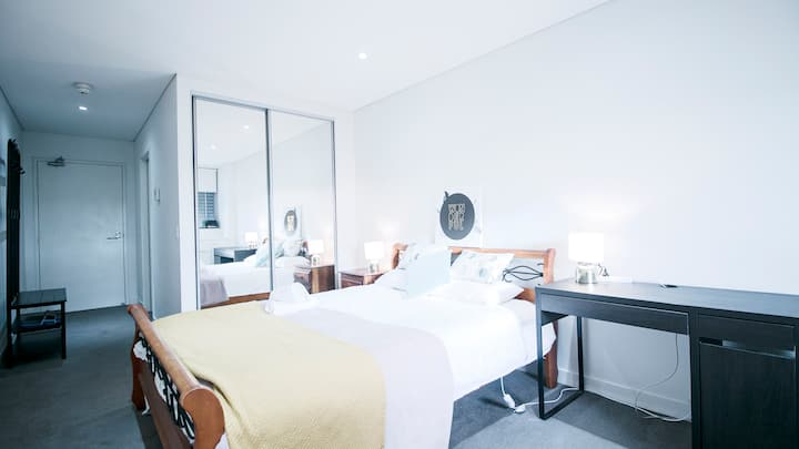 Burwood Cosy Studio close to everything you need