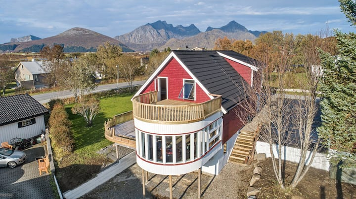 This 300 Sqm palace highlight the value of Lofoten