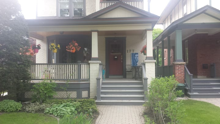 1 Bedroom in the Glebe of Ottawa