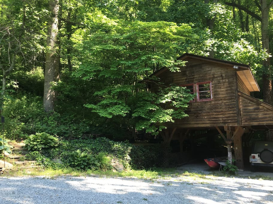 Tree House Studio Cottages For Rent In Asheville North