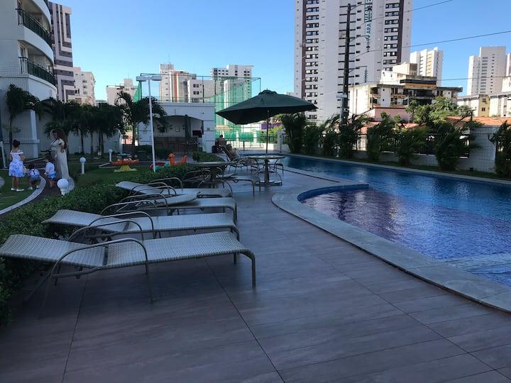 Apto p 6-8pessoas,melhor localização de Fortaleza!