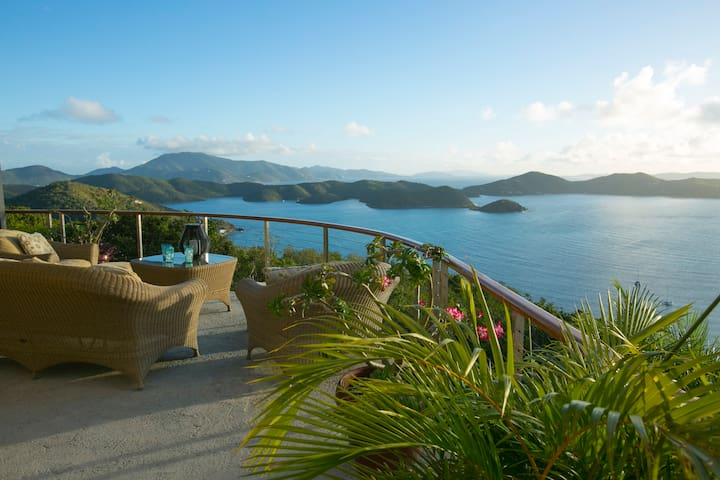 Couples Haven: VIEWS, free glass-bottom kayak/SUPs - Coral Bay - Appartement
