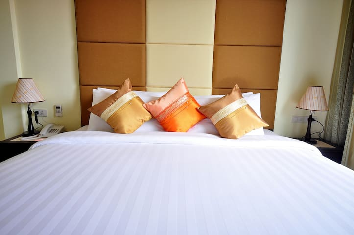 Monthly rate Boutique room just 50 meter to beach.