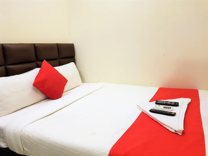 Stay @ Budget Friendly Private Room Near Asalpha