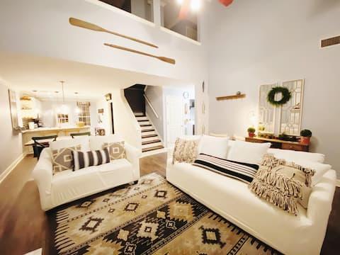 2 Bedroom Suite with King/Queen Beds 1600 sqft