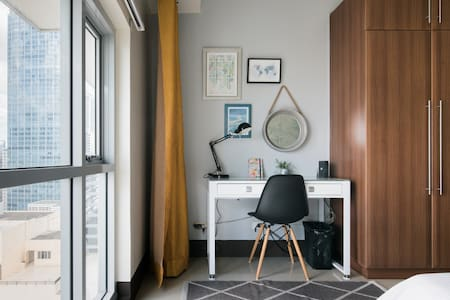 Charming and Sunlit Greenbelt Studio in Heart of Makati