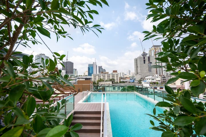 NEW Stylish room/City center/Pool/Pratunam market