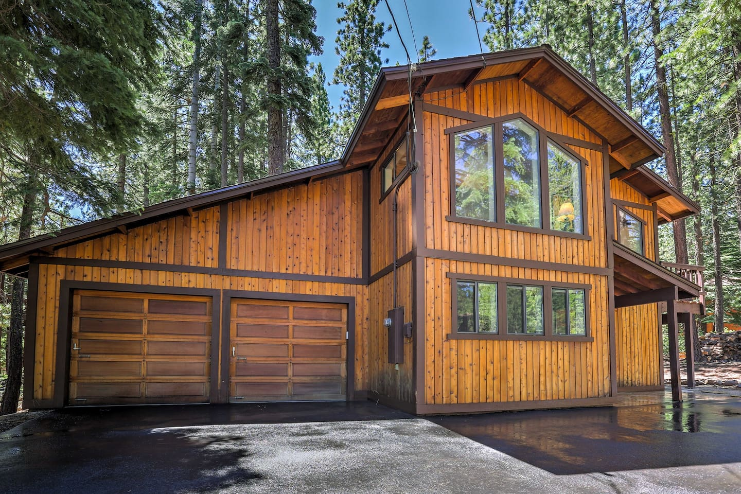 Explore the California's outdoors from this 4-BR, 3-BA Truckee vacation rental.