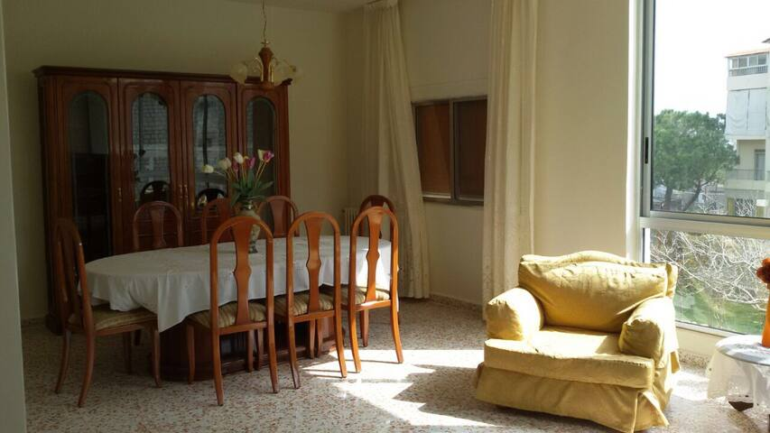 Well maintained apartment in beit meri
