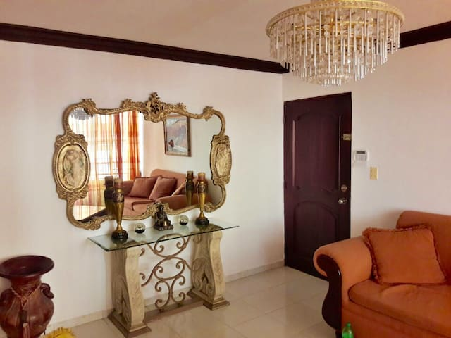Entire Apartment in Santiago • 3 BD - Santiago De Los Caballeros - Apartemen