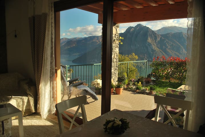 Sweet cosy paradise! Outstanding view!