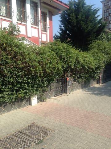 Villa 5 oda , lüks Esyali, 3 katlı - İstanbul  - Casa