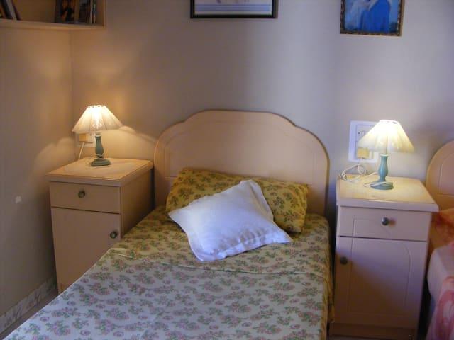 Private bedroom in Birzebbugia