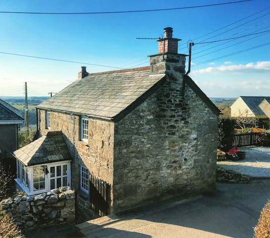 Klys Cottage,  Traditional Cornish Stone Cottage