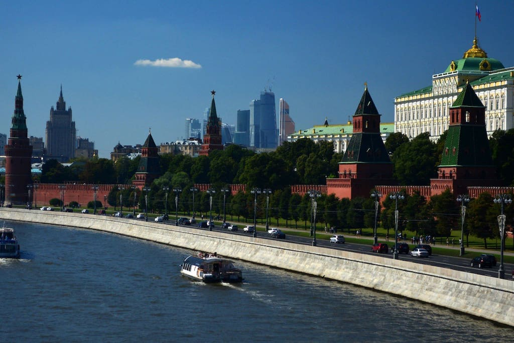 30 min to walk Kremlin