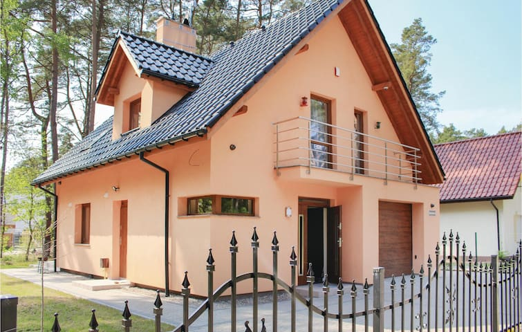 Holiday cottage with 3 bedrooms on 95m² in Kamien Pomorski