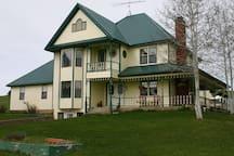 LAZY J RANCH BED & BREAKFAST   Moose suite