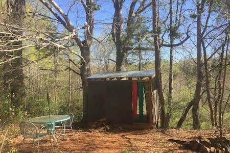 Beech Tree Shelter on the Creek at Cane Creek Farm - Graham - 小屋