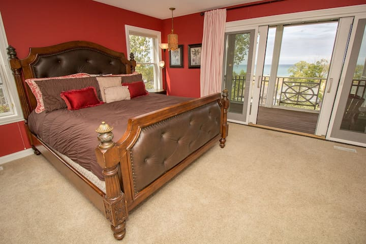 Bedroom 1, King Master on Second Level