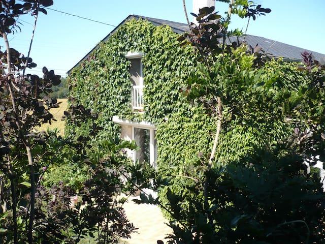 Gîte de charme à la campagne (Gite) - Herbault - House