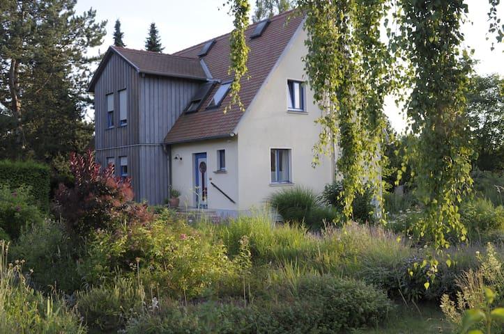 Gästewohnung im Grünen am Stadtrand von Weimar