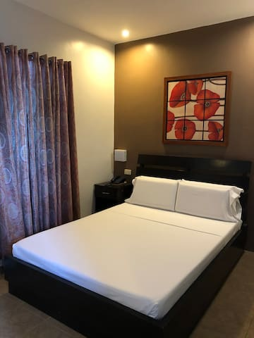 Room 204 Alan Sr. Residences