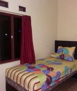 1 bed, size 120cm - jakarta selatan - Casa