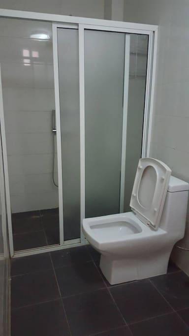 SDB & WC chambre 1