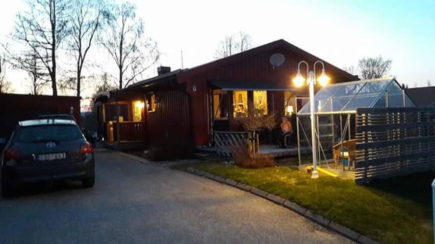 Trevligt hus i Domsjö nära Oringen  20-28 juli