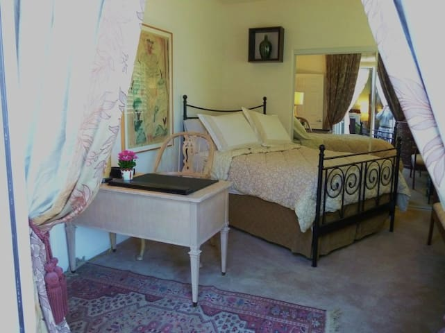 LUXE PRIVATE CASITA Coachella - Indio - Bed & Breakfast