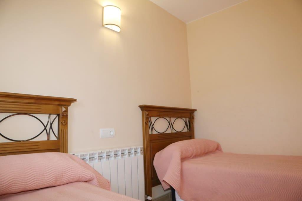 Habitación para 4 Personas esta habitación doble independiente