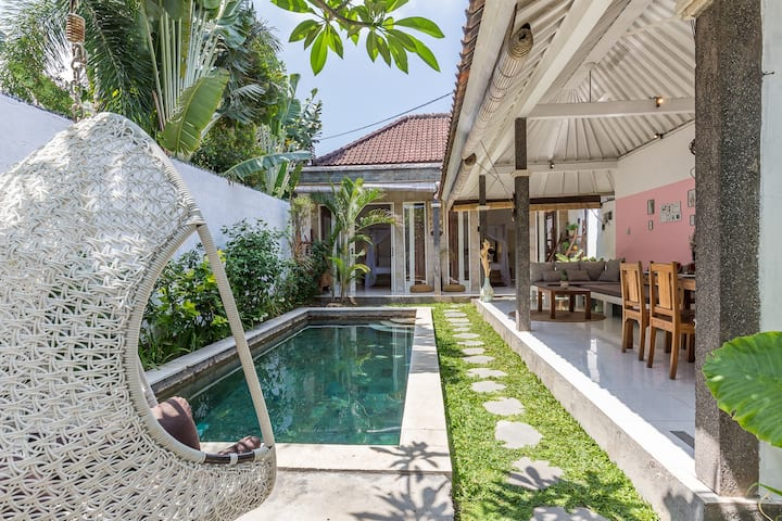 New Villa Nuage in the heart of Seminyak