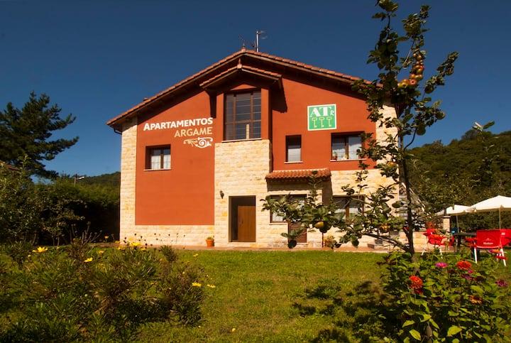 Oviedo a 7 km  Apartamento