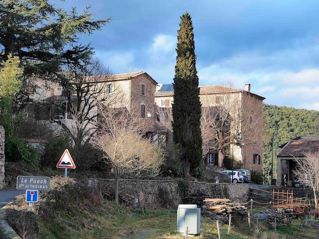 Le hameau de Thoiras