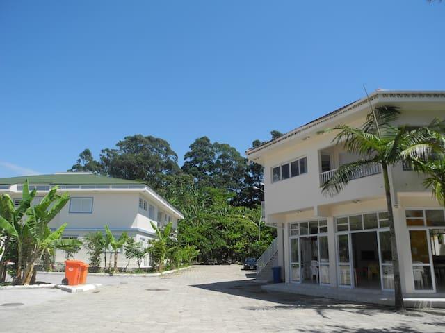 Studio completo em frente a Lagoa da Conceição #22