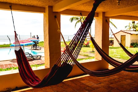 Ocean Relax - Beach Front