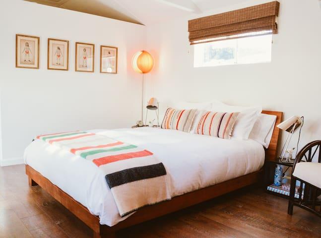 Casa La Luna - Cozy Ojai Hideaway