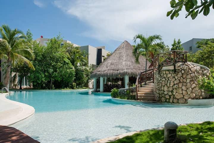 Cozy Villa  ''LA ESCONDIDA''  Playa del Carmen