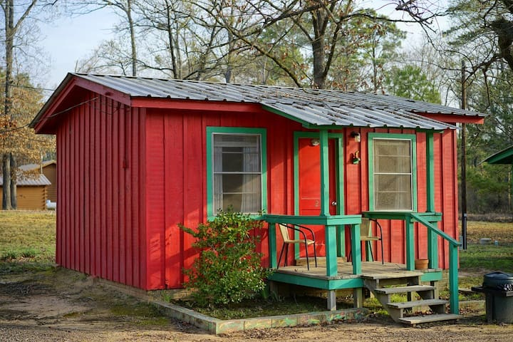 Rob and Dee's Cabins #2