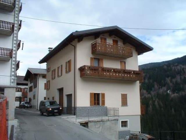 Mansarda tra Bormio e Livigno - Semogo - Apartamento