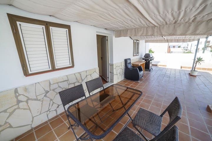 Apt1: Cozy 6pax Apartment in Ibiza - Eivissa - Lägenhet