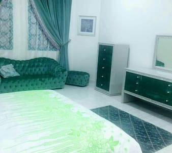 Rooms available in the villa, - Doha - Villa