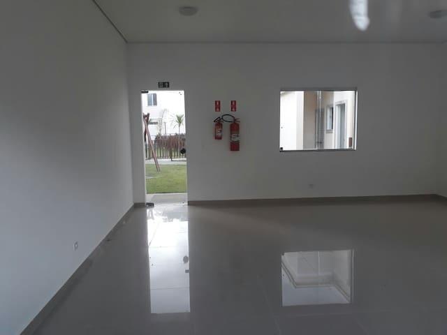 Apartamento novo para alugar