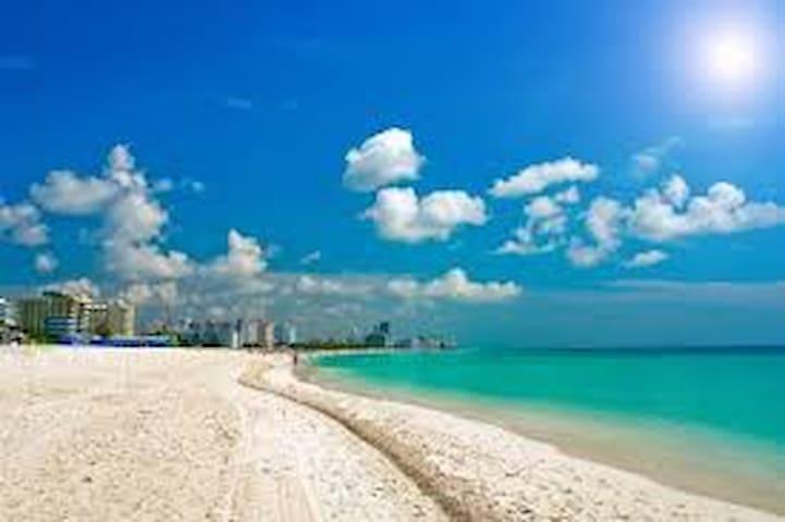 Condo by the sea, Sunny Isles Beach - Sunny Isles Beach - Apartment
