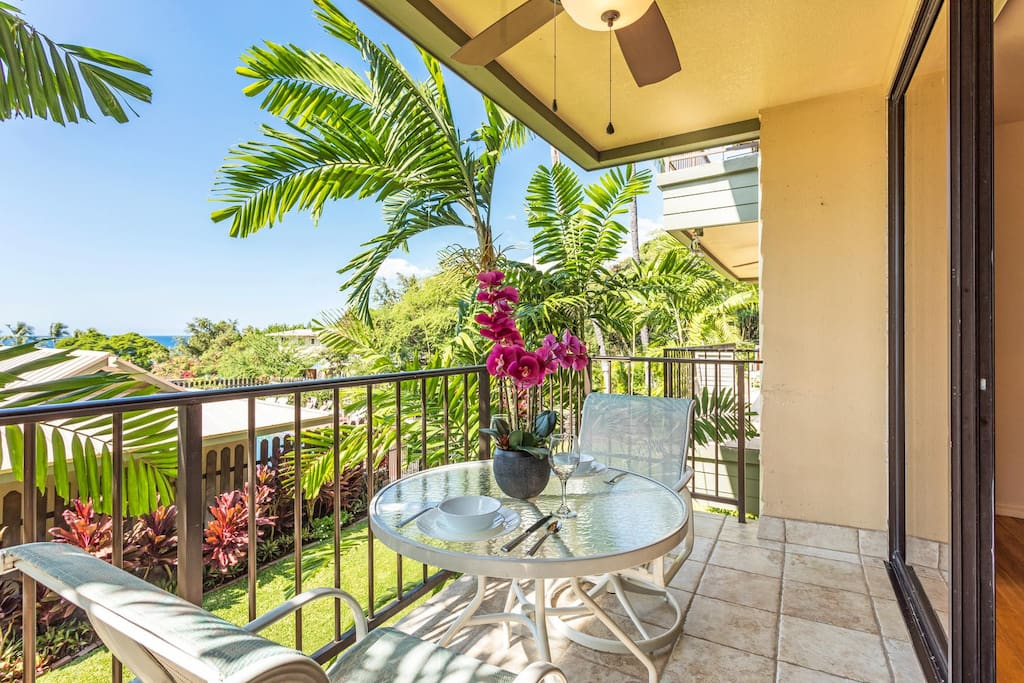 Spacious lanai offers outside dining