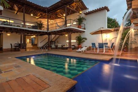 Casa Bari El Jardin